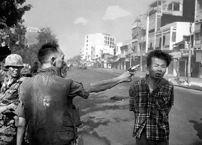 South Vietnamese National Police Chief executes a Viet Cong officer.